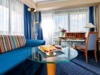Dreibettzimmer, Quelle: (c) Dorint Parkhotel Bad Neuenahr