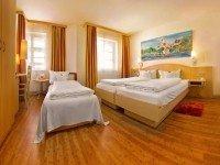 Dreibettzimmer, Quelle: (c) Hotel & Restaurant Gasthof zum Ochsen