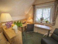 Dreibettzimmer, Quelle: (c) AKZENT Hotel Gut Höing