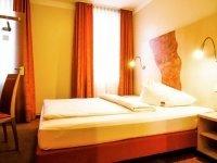 Economy-Grandlit-Zimmer, Quelle: (c) Hotel Petul