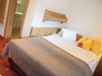 Modernes Zirben Einzelzimmer ohne Balkon, Quelle: (c) Hotel Talblick