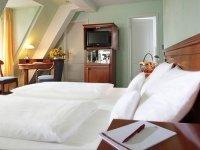 Einzelzimmer, Quelle: (c) Hotel Schloss Edesheim