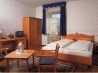 Einzelzimmer, Quelle: (c) Central-Hotel Greiveldinger