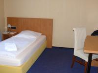 Einzelzimmer Gästehaus (150 m über den Parkplatz), Quelle: (c) LaVital Sport- & Wellness-Hotel GbR