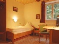 Einzelzimmer Gästehaus, Quelle: (c) Hotel Restaurant Räuber Lippoldskrug