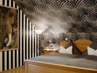 Erlebnisvolles Afrika Doppelzimmer, Quelle: (c) Hotel Kauers