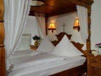 Himmelbettzimmer, Quelle: (c) Romantica Hotel Blauer Hecht