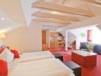 Junior Suite Comfort (39 qm) mit Sternenhimmel, Quelle: (c) Creativhotel Luise und Wellnessoase LUNYU
