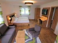 Junior-Suite mit Balkon: EZ, Quelle: (c) Hotel Grüner Baum