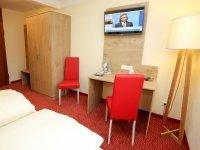 Komfort-Doppelzimmer, Quelle: (c) Hotel Hirsch