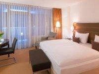 Komfort Doppelzimmer, Quelle: (c) Dorint Hotel Augsburg an Der Kongresshalle