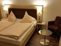 Komfort-Doppelzimmer, Quelle: (c) Hotel Restaurant Fröhlich