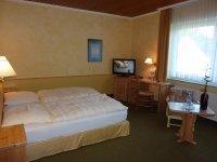 Komfort-Doppelzimmer, Quelle: (c) AKZENT Hotel Zur Wasserburg