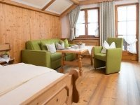 Komfort-Doppelzimmer (Kategorie 1), Quelle: (c) Alpahotel Walserstuba