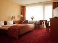 Komfort-Doppelzimmer mit Balkon, Quelle: (c) Hotel Kloster Hirsau