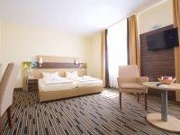 Komfort Doppelzimmer mit Balkon, Quelle: (c) Kurpark-Hotel Bad Dürkheim