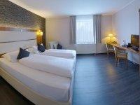 Komfort-Dreibettzimmer, Quelle: (c) Amedia Hotel Zwickau