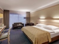 Komfort-Dreibettzimmer, Quelle: (c) Wyndham Garden Gummersbach