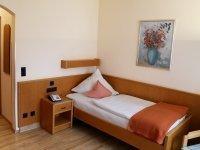 Komfort-Einzelzimmer Saaleblick, Quelle: (c) Villa Thea Kurhotel am Rosengarten