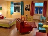 Pop Art Zimmer, Quelle: (c) Kulturhotel Kaiserhof