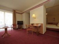 rollstuhlgerechtes Doppelzimmer groß, Quelle: (c) Hotel Adlerbräu