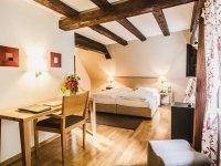 Romantik Superior Doppelzimmer, Quelle: (c) Hotel Schloss Heinsheim