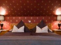 Romatische Bordeaux Doppelzimmer, Quelle: (c) Hotel Kauers
