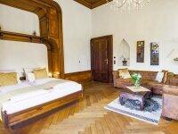 """Schloss-Suite """"Fanny v. Löbenstein"""" mit Whirlpool & Sauna, Quelle: (c) Schlosshotel Fürstlich Drehna"""