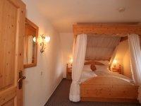 Suite mit Himmelbett, Quelle: (c) Hotel Landgasthof Adler