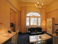 Suite mit Whirlwanne, Quelle: (c) Häcker`s Grandhotel