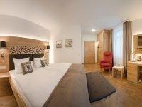 Superior-Doppelzimmer, Quelle: (c) Waldhotel am Notschreipass