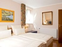 Landhaus Suite, Quelle: (c) Parkhotel Schloss Hohenfeld