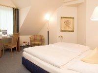Themen-Komfort Zimmer mit Kingsize-Bett, Quelle: (c) Hotel Leugermann