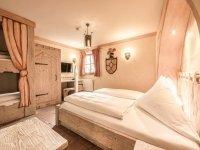 Vierbettzimmer, Quelle: (c) Mittelalterliches Hotel Arthus