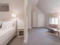 Vierbettzimmer mit Gartenblick (Zimmer 7), Quelle: (c) Schloss Manowce