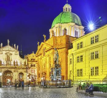 St Franz von Assisi Kirche, Quelle: ©VitalyEdush/istockphoto