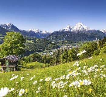 Idyllische Landschaft der Berge in den Alpen  , Quelle: ©bluejayphoto / istockphoto